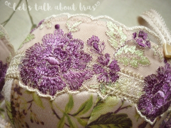 Gorsenia Margo 65E, lace detail